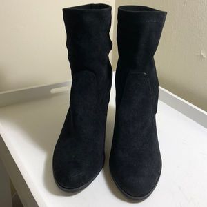 NWT Dolce Vita size 8.5 suede boots